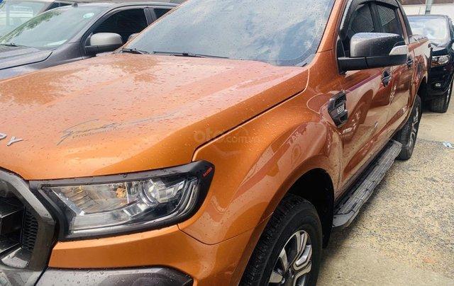 Bán Ford Ranger sản xuất 2017, màu vàng cam, mới 95%, giá chỉ 749 triệu đồng1