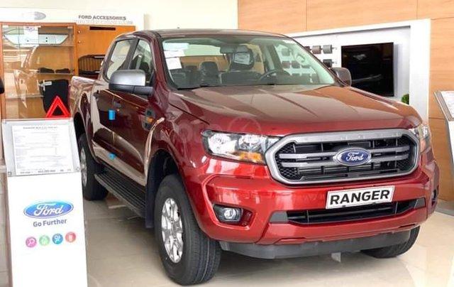 Siêu bán tải Ranger XLS AT giá tốt0