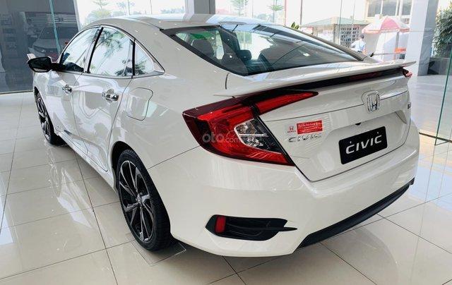 [Honda ô tô Kiên Giang] Honda Civic khuyến mại cực hấp dẫn, hỗ trợ Bank 80% giá trị xe, trả trước 300 triệu nhận xe ngay2