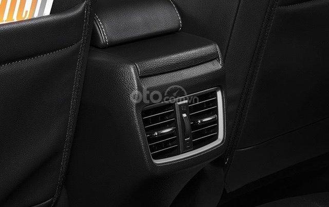 [Honda ô tô Kiên Giang] Honda Civic khuyến mại cực hấp dẫn, hỗ trợ Bank 80% giá trị xe, trả trước 300 triệu nhận xe ngay5
