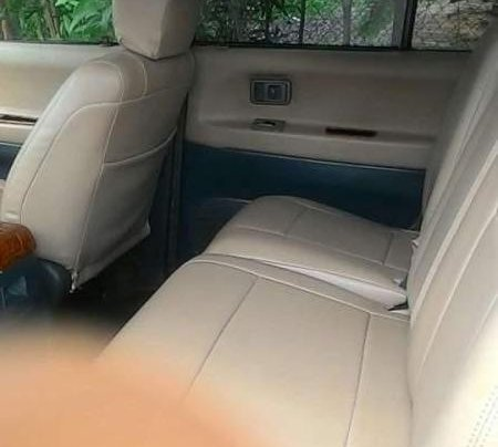 Cần bán xe Toyota Hiace năm 2005, nhập khẩu  3