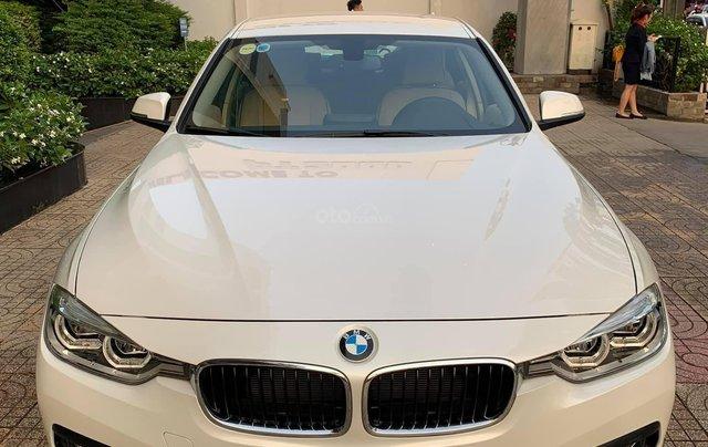 Bán BMW 320i LCI Sx 2016, xe màu đen, đi 21.000km, bao check hãng0