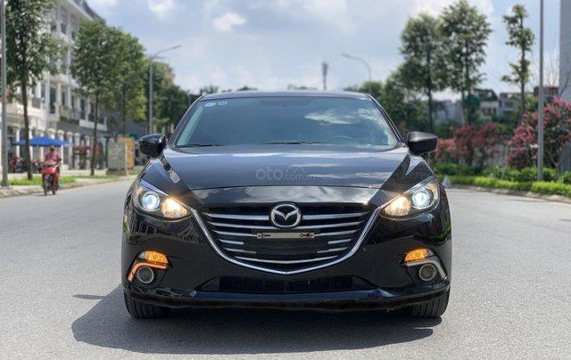 Bán ô tô Mazda 3 sản xuất 2016 đen huyền bí0