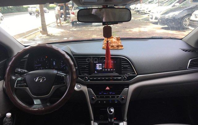 Bán Hyundai Elantra đời 2016, màu đỏ4