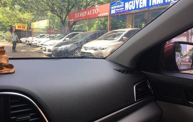 Bán Hyundai Elantra đời 2016, màu đỏ8