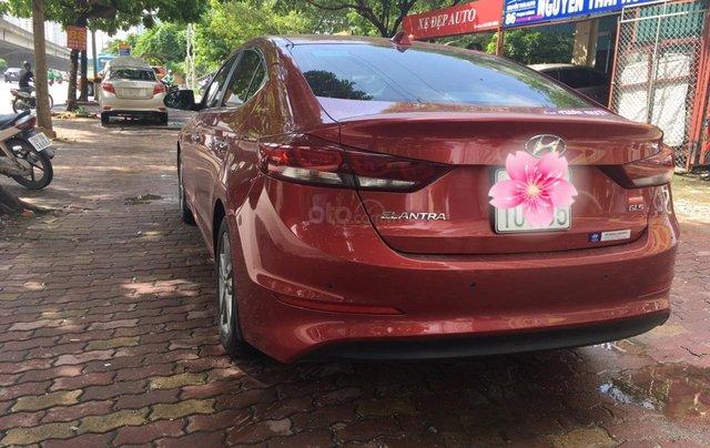 Bán Hyundai Elantra đời 2016, màu đỏ2