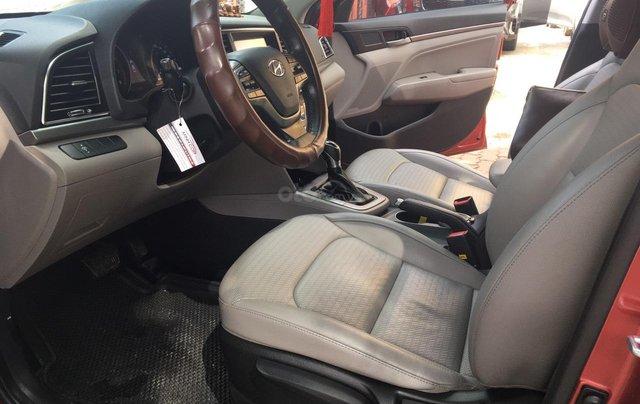 Bán Hyundai Elantra đời 2016, màu đỏ10