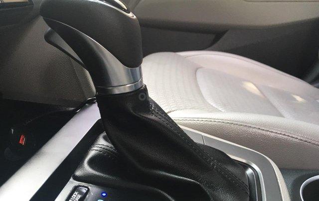 Bán Hyundai Elantra đời 2016, màu đỏ13