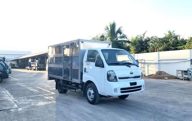 Xe tải Thaco Kia 2T4 tải trọng vào thành phố, động cơ Hyundai nhập khẩu 100%4