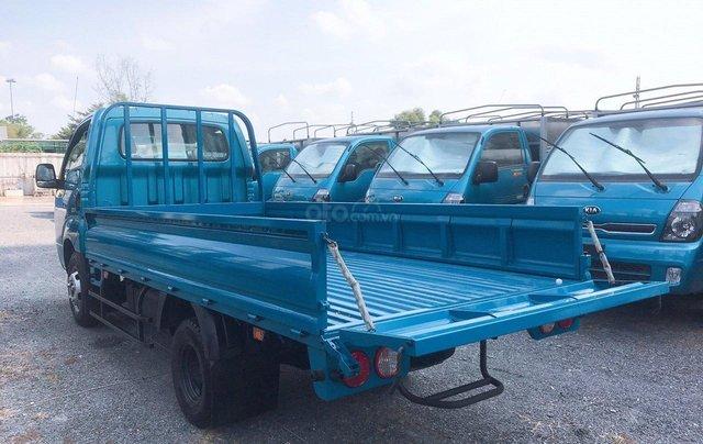 Xe tải Thaco Kia 2T4 tải trọng vào thành phố, động cơ Hyundai nhập khẩu 100%6