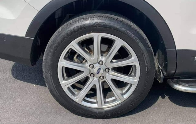 Cần bán xe Ford Explorer nhập khẩu Mỹ sx 20178