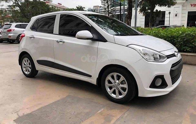 Bán Hyundai Grand i10 1.2 AT năm sản xuất 2016, màu trắng, nhập khẩu 0