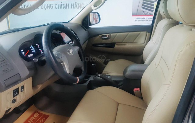 Bán Toyota Fortuner 2.7V 1 cầu - số tự động - xe test chính hãng2