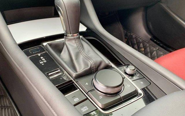 Cần bán xe Mazda 3 đời 2020, màu trắng, giá chỉ 850 triệu13