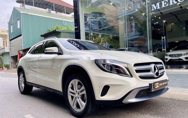 Bán xe Mercedes GLA200 đời 2015, màu trắng, nhập khẩu1