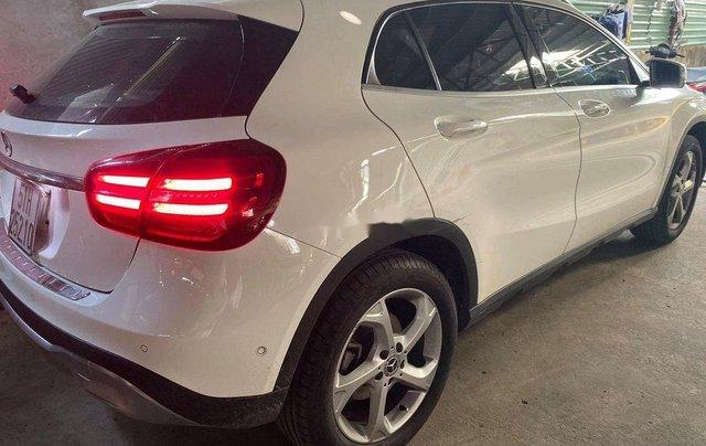 Bán ô tô Mercedes GLA 200 sản xuất 2020, màu trắng5