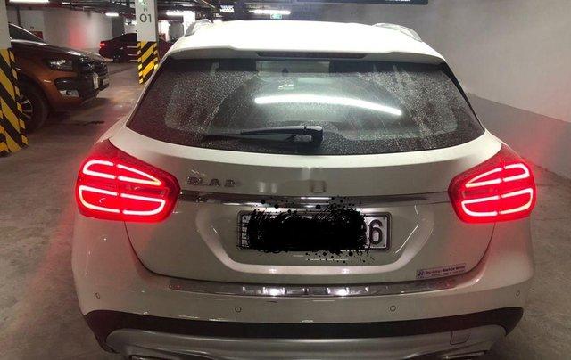 Chính chủ bán xe Mercedes GLA 4Matic 2014, màu trắng, nhập khẩu1