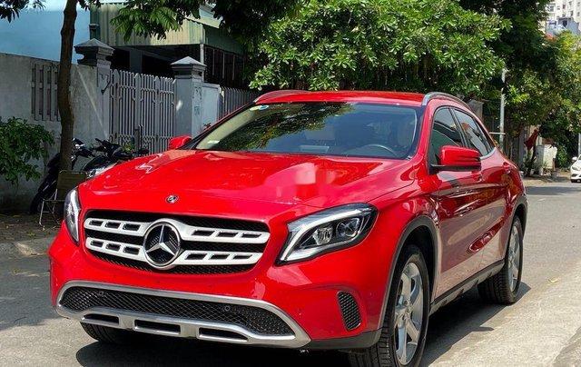 Bán Mercedes GLA 200  Facelift đời 2017, màu đỏ, xe nhập1