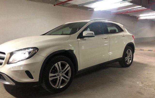 Chính chủ bán xe Mercedes GLA 4Matic 2014, màu trắng, nhập khẩu2