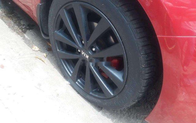 Cần bán lại xe Kia K3 sản xuất 2015, màu đỏ số tự động1