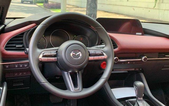 Cần bán xe Mazda 3 đời 2020, màu trắng, giá chỉ 850 triệu7