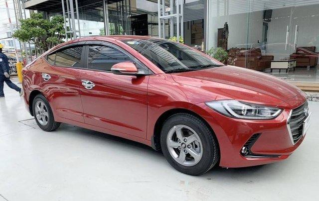 Bán Hyundai Elantra năm sản xuất 2018, màu đỏ, giá 485tr2