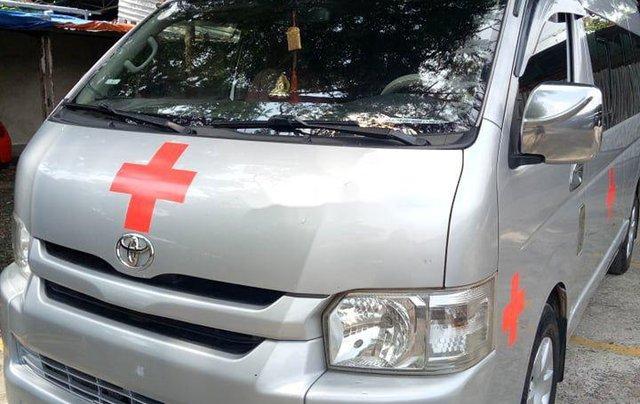 Chính chủ bán xe cứu thương Toyota Hiace sản xuất năm 2014, màu bạc2