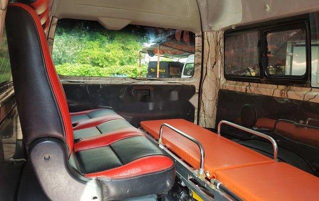 Chính chủ bán xe cứu thương Toyota Hiace sản xuất năm 2014, màu bạc8