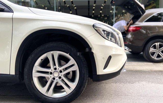 Bán xe Mercedes GLA200 đời 2015, màu trắng, nhập khẩu2
