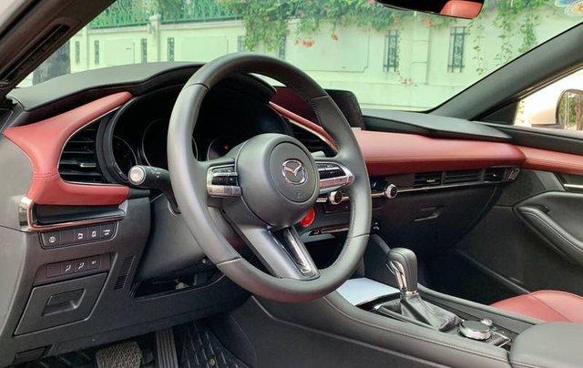 Cần bán xe Mazda 3 đời 2020, màu trắng, giá chỉ 850 triệu8
