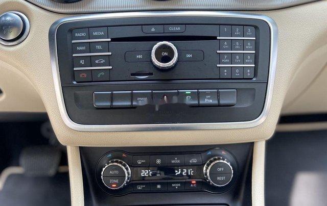 Bán xe Mercedes GLA200 đời 2015, màu trắng, nhập khẩu10