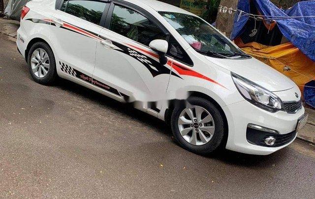 Bán xe Kia Rio đời 2017, màu trắng, nhập khẩu số sàn1