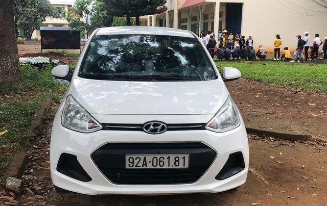 Bán Hyundai Grand i10 đời 2016, màu trắng 1