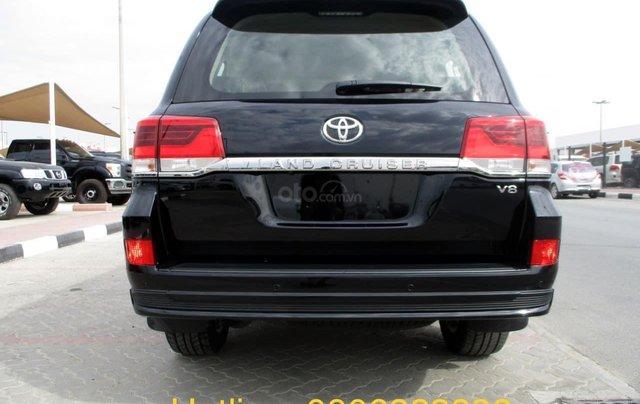 Toyota Land Cruise Long Executive 4.5 máy dầu 2021, bản full có nâng hạ gầm5