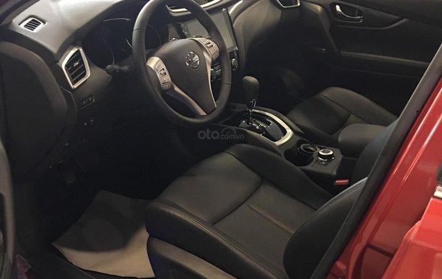 Giá hot miền Bắc: Nissan Xtrail 2.5 SV Luxury - giá 900 triệu nhiều ưu đãi lớn, hỗ trợ trả góp 80%, trải nghiệm lái thử3