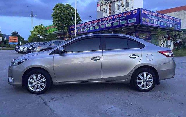 Bán Toyota Vios đời 2017 màu ghi vàng, giá 398tr4