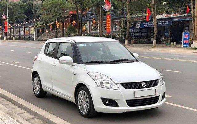 Bán xe Suzuki Swift 1.4 AT sản xuất năm 2017, màu trắng chính chủ0