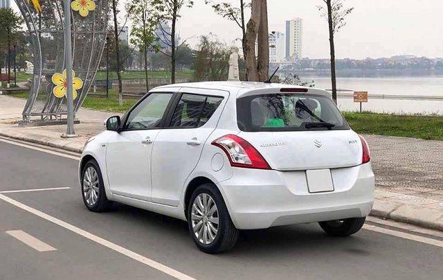Bán xe Suzuki Swift 1.4 AT sản xuất năm 2017, màu trắng chính chủ3