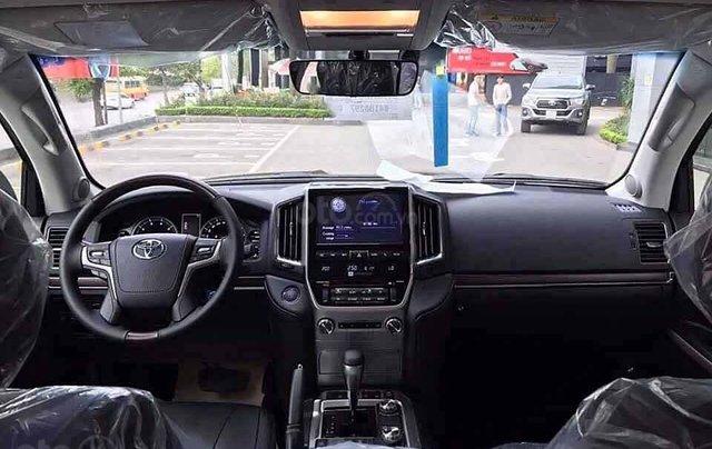 Bán xe Toyota Land Cruiser đời 2020, màu đen, nhập khẩu nguyên chiếc1