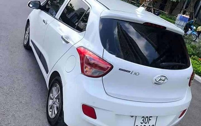 Cần bán Hyundai Grand i10 sản xuất năm 2016, màu trắng, giá chỉ 343 triệu2