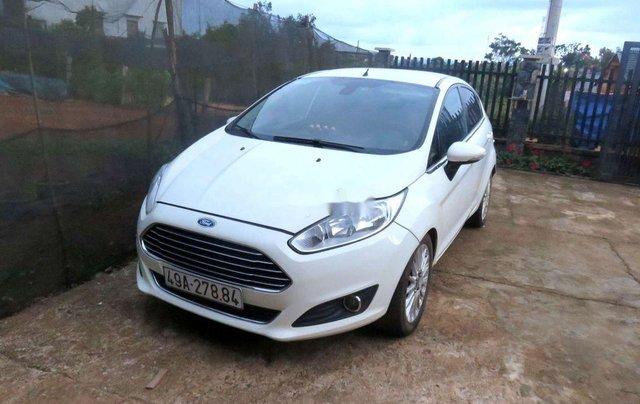 Cần bán lại xe Ford Fiesta sản xuất 2014 còn mới, giá 367tr0