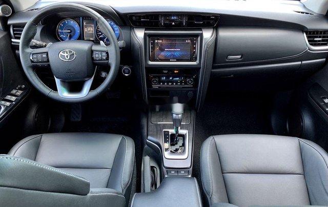 Cần bán Toyota Fortuner 2020, màu xám10