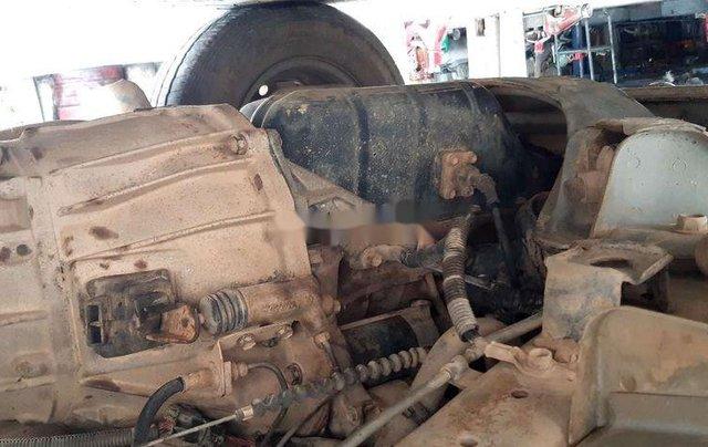 Bán Toyota Hiace đời 2001, màu bạc, nhập khẩu, lốp mới7