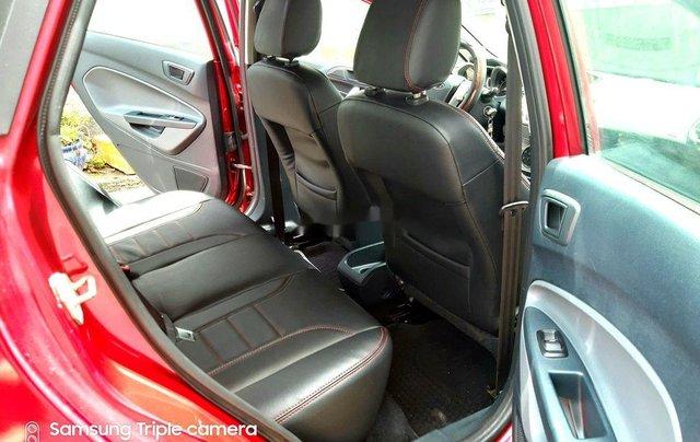 Bán ô tô Ford Fiesta đời 2011, màu đỏ còn mới4