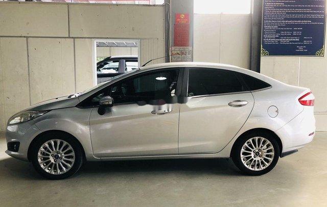 Chính chủ bán Ford Fiesta Titanium sản xuất 2015, màu bạc1