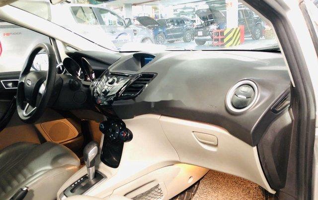 Chính chủ bán Ford Fiesta Titanium sản xuất 2015, màu bạc3
