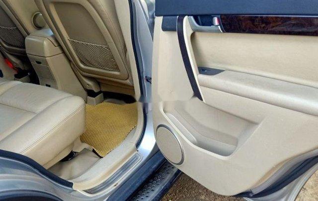 Bán Chevrolet Captiva đời 2008, màu bạc, xe gia đình9