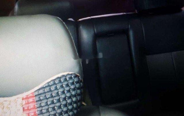 Gia đình bán Mitsubishi Jolie sản xuất 2005, màu bạc1