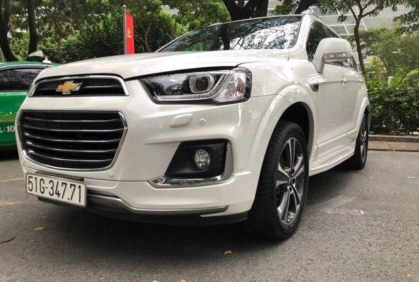 Bán xe Chevrolet Captiva 2017, màu trắng, số tự động, 428 triệu2