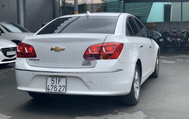Xe Chevrolet Cruze sản xuất 2017 còn mới3